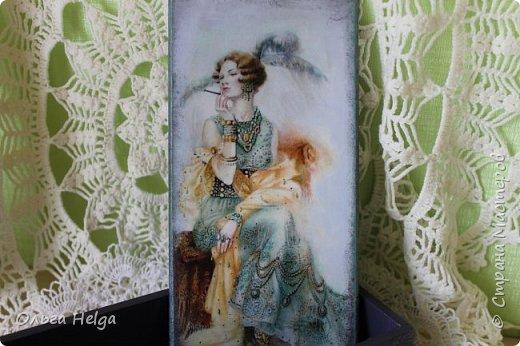 Доброго всем дня! Покажу сегодня шкатулочку-купюрницу с изображением женщины в стиле модерн. Эти прекрасные дамы, художник СВЕТЛАНА ОВИНОВА, просто меня сразили. Не устояла я и сделала вот такую. шкатулочку.  фото 1