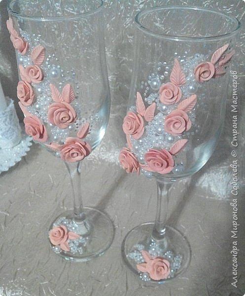 Это второй набор на ту же свадьбу (так захотела невеста) и мой первый опыт в оформлении чего то подобного.  А уж тем более цветочки никогда не пробовала слепить... Первый набор http://stranamasterov.ru/node/1040363 фото 2
