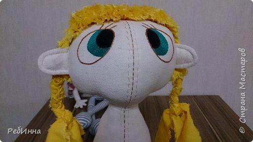 Наконец-то стала шиться прошлогодняя девчушка, осталось только платьице сотворить. Или рубашечку с юбкой? Или топик на лямках? Выбираем вместе. фото 4