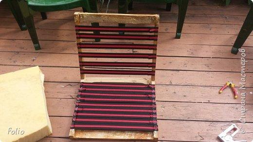 Честно говоря ожидала большего. Но у меня была цель, сделать мебель однотипную. Одинаковые стулья... одинаковые кресла Кому интересно, стулья вот здесь http://stranamasterov.ru/node/941866 фото 15