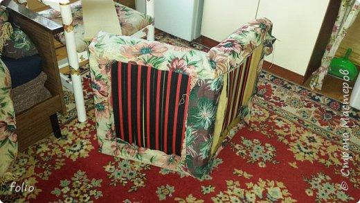 Честно говоря ожидала большего. Но у меня была цель, сделать мебель однотипную. Одинаковые стулья... одинаковые кресла Кому интересно, стулья вот здесь http://stranamasterov.ru/node/941866 фото 18