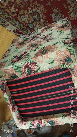 Честно говоря ожидала большего. Но у меня была цель, сделать мебель однотипную. Одинаковые стулья... одинаковые кресла Кому интересно, стулья вот здесь http://stranamasterov.ru/node/941866 фото 20