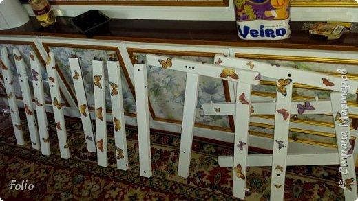 Честно говоря ожидала большего. Но у меня была цель, сделать мебель однотипную. Одинаковые стулья... одинаковые кресла Кому интересно, стулья вот здесь http://stranamasterov.ru/node/941866 фото 24