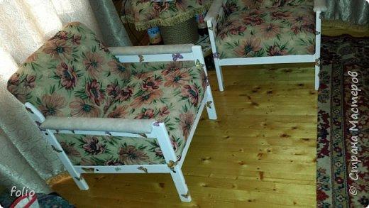 Честно говоря ожидала большего. Но у меня была цель, сделать мебель однотипную. Одинаковые стулья... одинаковые кресла Кому интересно, стулья вот здесь http://stranamasterov.ru/node/941866 фото 26