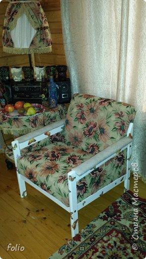 Честно говоря ожидала большего. Но у меня была цель, сделать мебель однотипную. Одинаковые стулья... одинаковые кресла Кому интересно, стулья вот здесь http://stranamasterov.ru/node/941866 фото 28