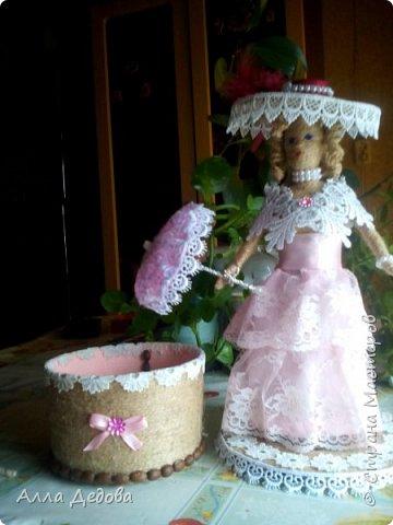 Я просто влюбилась в куклы из шпагата, это такой простор для фантазии. фото 4