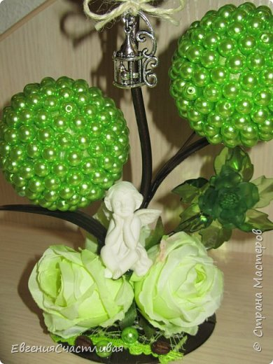 """""""МАКОВКА""""- использованы натуральные кофейные зерна, искусственные цветы-  маки, флор зелень, металлический декор-подкова, керамическая подставка, декоративные шары фото 12"""
