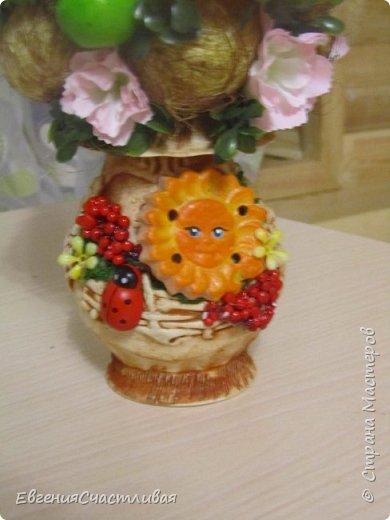 """""""Фруктовый сад"""" -использованы искусственные фрукты- виноград, яблоки нескольких видов и , сахарные ягодки, груша, флор зелень, металлический декор, керамическая подставка, искусственный мох, декор лягушка, б/коровка фото 13"""