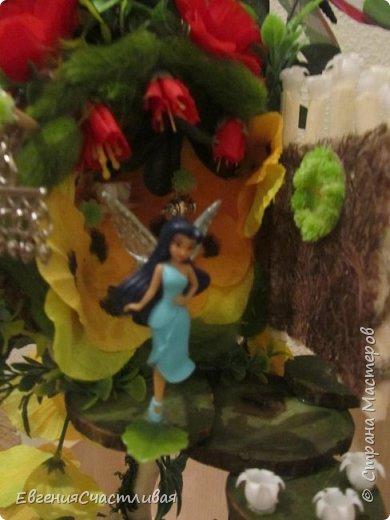 """""""ГНОМ-ПОДСОЛНУХ""""- использованы, сизаль 3 оттенков, искусственные цветы-подсолнух,  искусственные желуди, искусственные грибы, керамическая кашпо, спил оливы, декор металлический фото 5"""