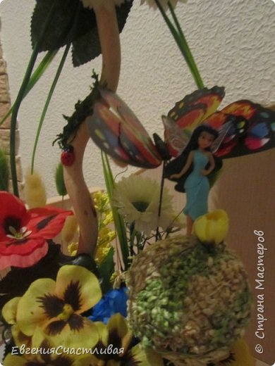 """""""ГНОМ-ПОДСОЛНУХ""""- использованы, сизаль 3 оттенков, искусственные цветы-подсолнух,  искусственные желуди, искусственные грибы, керамическая кашпо, спил оливы, декор металлический фото 11"""