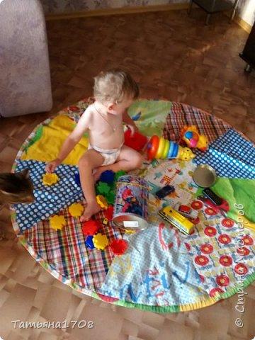 Идея коврика-мешка для игрушек честно стырена мною из просторов интернета. Но показалась довольно интересной=)  фото 5