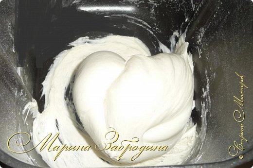 Здравствуйте! Сегодня напишу рецепт хлебных булочек с чесноком. Получаются очень ароматные, мягкие, аппетитные и очень-очень вкусные. фото 5