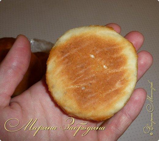 Здравствуйте! Сегодня напишу рецепт хлебных булочек с чесноком. Получаются очень ароматные, мягкие, аппетитные и очень-очень вкусные. фото 11