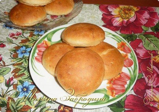 Здравствуйте! Сегодня напишу рецепт хлебных булочек с чесноком. Получаются очень ароматные, мягкие, аппетитные и очень-очень вкусные. фото 1