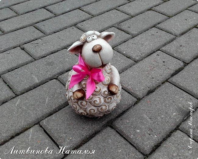 Гуляла по магазинам.....Увидела...и не смогла пройти мимо.  Наточкала завитков и завязала бантик.... фото 4