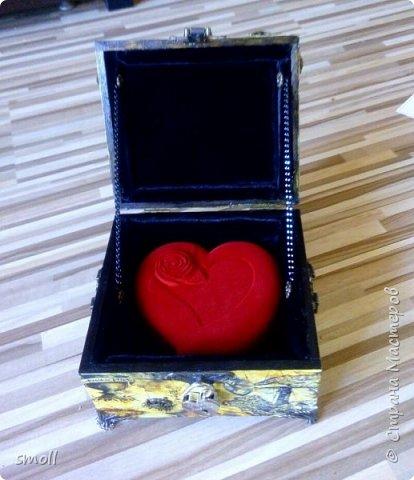 Сундук с сердцем к юбилею свадьбы. фото 11