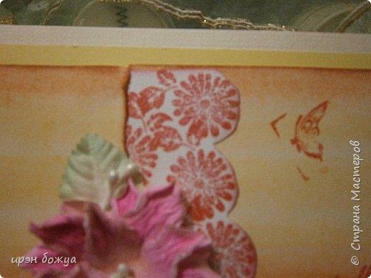 На прошлой недели в Ютубе посмотрела МК-как делать фон с помощью акварельных красок и штампов (https://www.youtube.com/watch?v=IXf3xmxnGQs).Решила попробовать. Вот результат. Сделала сразу 3 штуки в разной цветовой гамме.На двух открытках цветочки самодельные,наверное их сразу видно. Итак,смотрим. фото 5