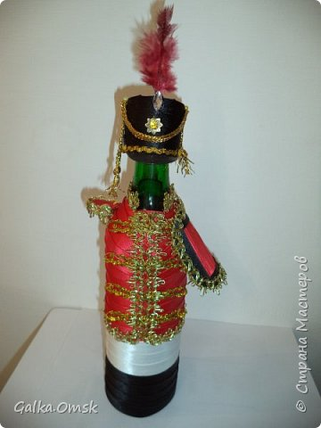 Одёжка на бутылку в подарок повару .Вилки и ложки - пластиковые фото 3