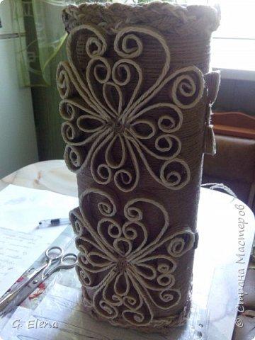 Вот такую чудесную вазу с цветами сотворила в качестве подарка ко дню рождению ! Именинница была в восторге!)Приятно приносить людям радость!! фото 3