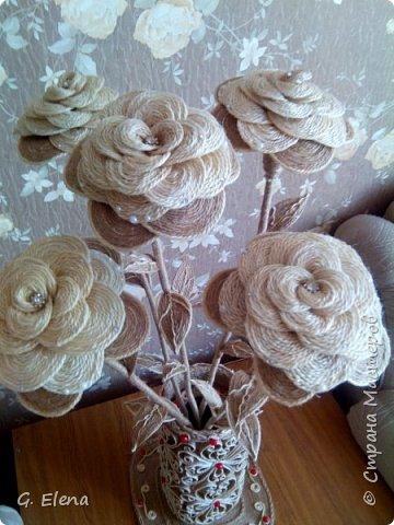 Вот такую чудесную вазу с цветами сотворила в качестве подарка ко дню рождению ! Именинница была в восторге!)Приятно приносить людям радость!! фото 7