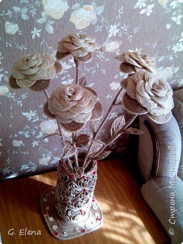 Вот такую чудесную вазу с цветами сотворила в качестве подарка ко дню рождению ! Именинница была в восторге!)Приятно приносить людям радость!! фото 1