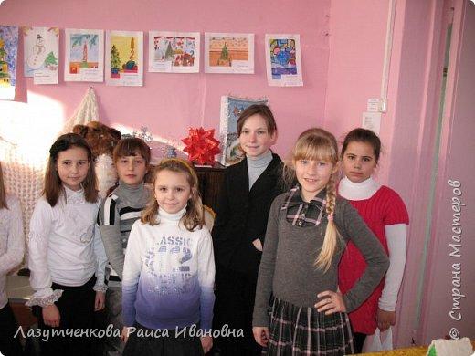 Хотелось показать наше участие в выставках школьных и  городских. Это все работы мои и моих детей. фото 9
