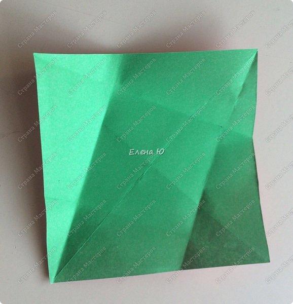 Для открыточки использован японский цветок-оригами, который я и предлагаю научиться складывать.  фото 5