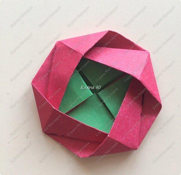 Для открыточки использован японский цветок-оригами, который я и предлагаю научиться складывать.  фото 18