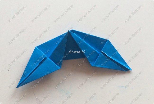 Для открыточки использован японский цветок-оригами, который я и предлагаю научиться складывать.  фото 26