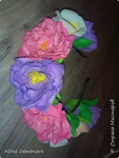 Объемные венки с цветами из фома фото 15