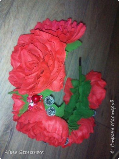 Объемные венки с цветами из фома фото 18