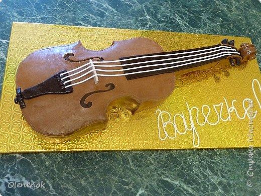 Тортик для талантливой девочки, играющей на скрипке, на 12-летие. фото 1