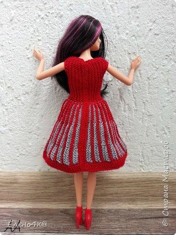Моя Ракелька приоделась)  Новое платье из акриловых ниток. Основа опять с сайта http://www.kimberly-club.ru/forum/?FID=18&PAGE_NAME=message&TID=6013 Кое-что переделано и более подробно расписан сам процесс вязания. фото 5