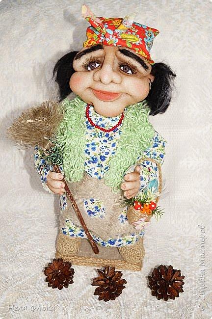 Интерьерная кукла, рост вместе с подставкой около 37 см. фото 1