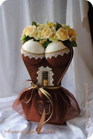 Здравствуйте друзья! Хочу поделиться последними работами. Шоколадная леди. Сделана на юбилей. Юбиляр доволен, хотя ему 75!!! :)) фото 1