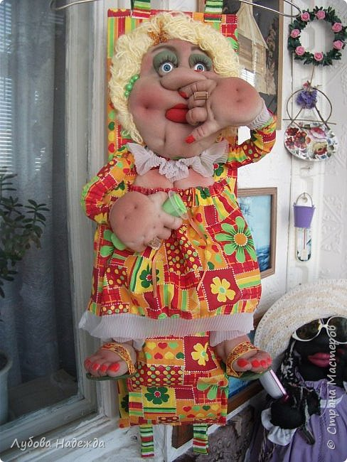 Кукла на два рулона!Заказали ,что б с ножками!:-)  фото 11