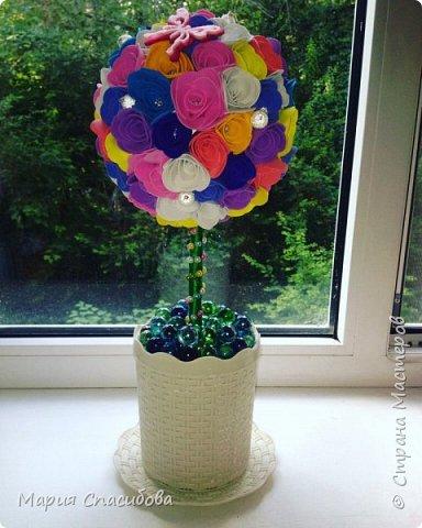 Топиарий из фоамирана .Каждый цветочек выполнен в ручную)  фото 1