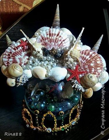 Видоизмененная для второй фотосессии Русалочья корона из ракушек.   фото 1