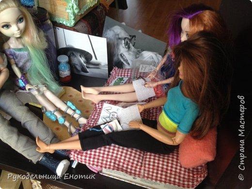 Всем привет. Сегодня я покажу вам как сделать набор для вышивки нашим кукляшам  фото 9