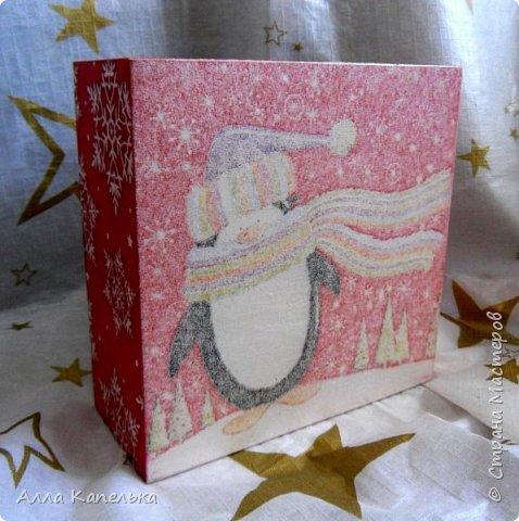 Сотворила в июне такое вот зимне-новогоднее чудо 2 в 1. Это и кубики для игры / интерьерные кубики и шкатулка для конфет.  фото 9