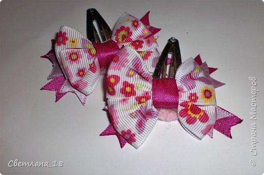 Доброго времени суток, всем жителям Страны Мастеров!!!  Давно хотела попробовать свои силы в изготовлении украшений Канзаши. День рождения племянницы подтолкнул меня.  Ура! Всё получилось! Делюсь с Вами своими творениями. фото 15