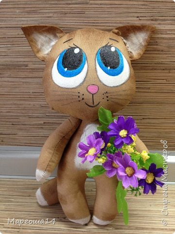Привет,Страна Мастеров!!! Представляю  своих первых кофейных котиков. Это мама кошка с сыночком. Глазки раскрасила одинаково,т.к.нравится голубой перламутр.Котики так вкусно пахнут,как свежеиспеченная выпечка))) фото 4