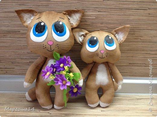 Привет,Страна Мастеров!!! Представляю  своих первых кофейных котиков. Это мама кошка с сыночком. Глазки раскрасила одинаково,т.к.нравится голубой перламутр.Котики так вкусно пахнут,как свежеиспеченная выпечка))) фото 5