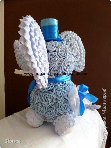 Słoń wykonany z krepy włoskiej. фото 2