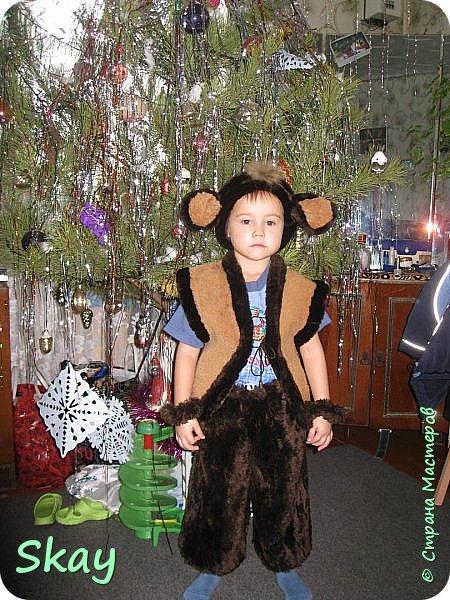 Новогодний костюм обезьянки.