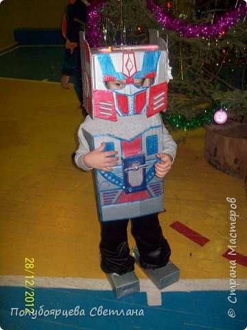 Новогодний костюм - танк фото 2
