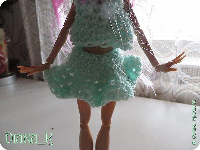 связала Эмме костюмчик из маечки и 2 юбочек фото 3