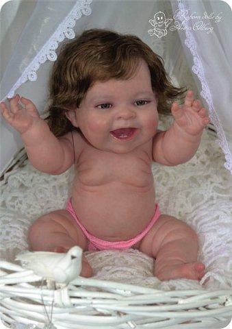 """Здравствуйте девочки-мастерицы! В моей мастерской """"родилась"""" малышка Лёлечка, выполнена на заказ. Сегодня уехала к """"мамочке"""" в Зеленоград. Рост куколки 35см, вес около 1 кг. Волосики-натуральный мохер, вживлены. Роспись красками генезис. фото 5"""