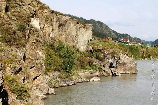 Всем здравствуйте! Продолжаем путешествие. Мы приехали в Чемал и сразу на мой любимый берег. Мы всегда по приезду приходим на берег Катуни и перед отъездом мы тоже всегда с ним прощаемся. А сегодня я пришла с ним поздороваться. фото 17
