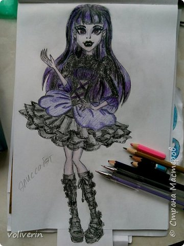 Это последняя часть рисунков, ближайшее время, я если и буду рисовать кукол, то с другого мультика. Выложу не все, а только те, что мне больше нравятся и некоторые перерисованные из первых двух блогов. фото 10